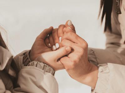 40 frases de acolhimento que são um abraço na alma