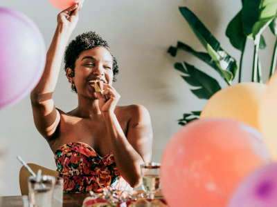 60 frases de aniversário engraçadas para se divertir nessa data especial