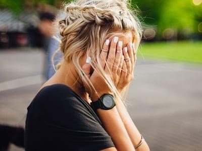 60 frases de decepção com amigos para mostrar o quanto está ferido