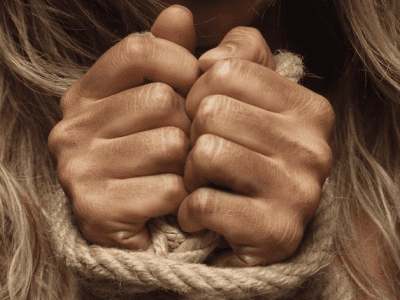 40 frases de libertação para se livrar do que não te serve mais