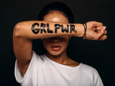 55 frases de mulheres poderosas para acreditar no tamanho da sua força