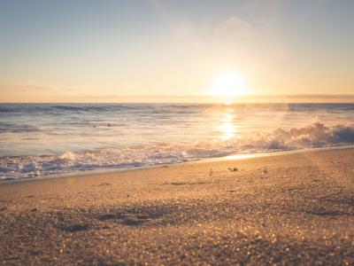 60 frases de praia para quem é apaixonado pela água salgada