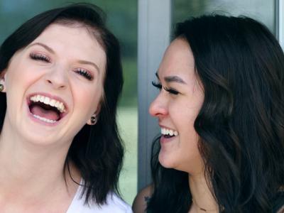 50 frases engraçadas de amizade para fazer a galera se divertir